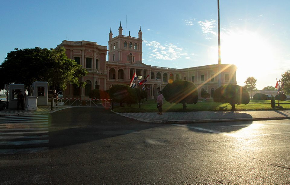 calido_clima_caluroso_palacio