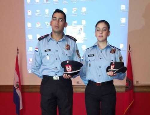 Polic as tendr n nuevo uniforme con medidas de seguridad for Oficina policia nacional
