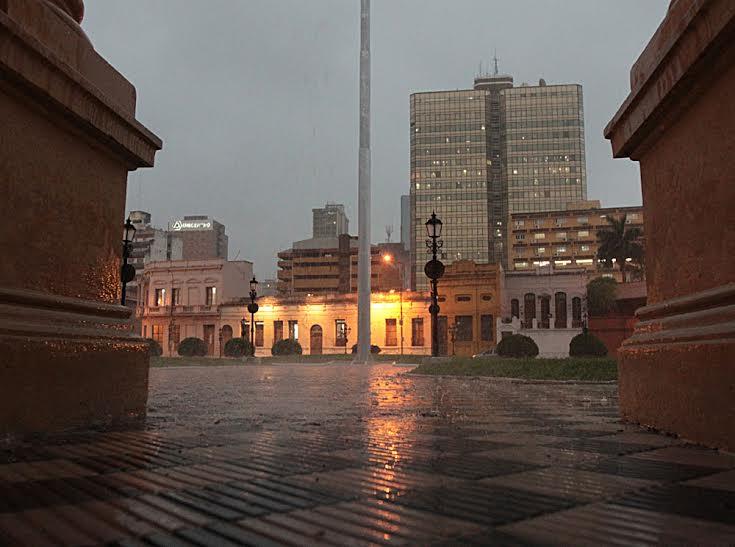 Meteorología anuncia continuidad de ambiente lluvioso