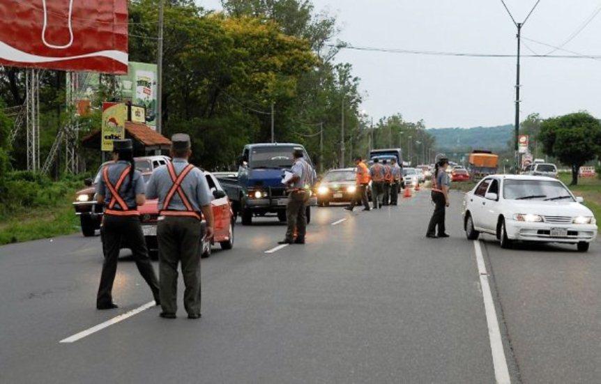 Resultado de imagen para policia caminera paraguay