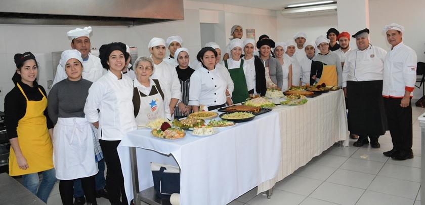 Snpp ofrece clases gratuitas de mozo de sal n barman y - Clases de cocina meetic ...