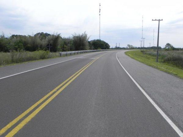 Un tramo de la ruta IV, en el tramo San Ignacio-Pilar, ya cuenta con hormigón. Foto gentileza MOPC.
