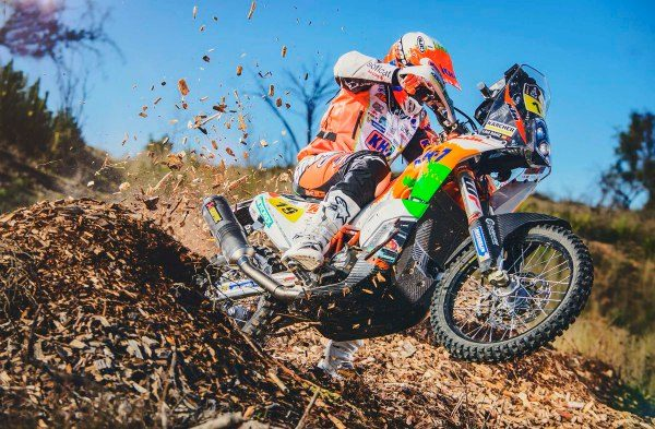 Anastasiya Nifontova es piloto rusa y estará en competencia en el rally más duro.