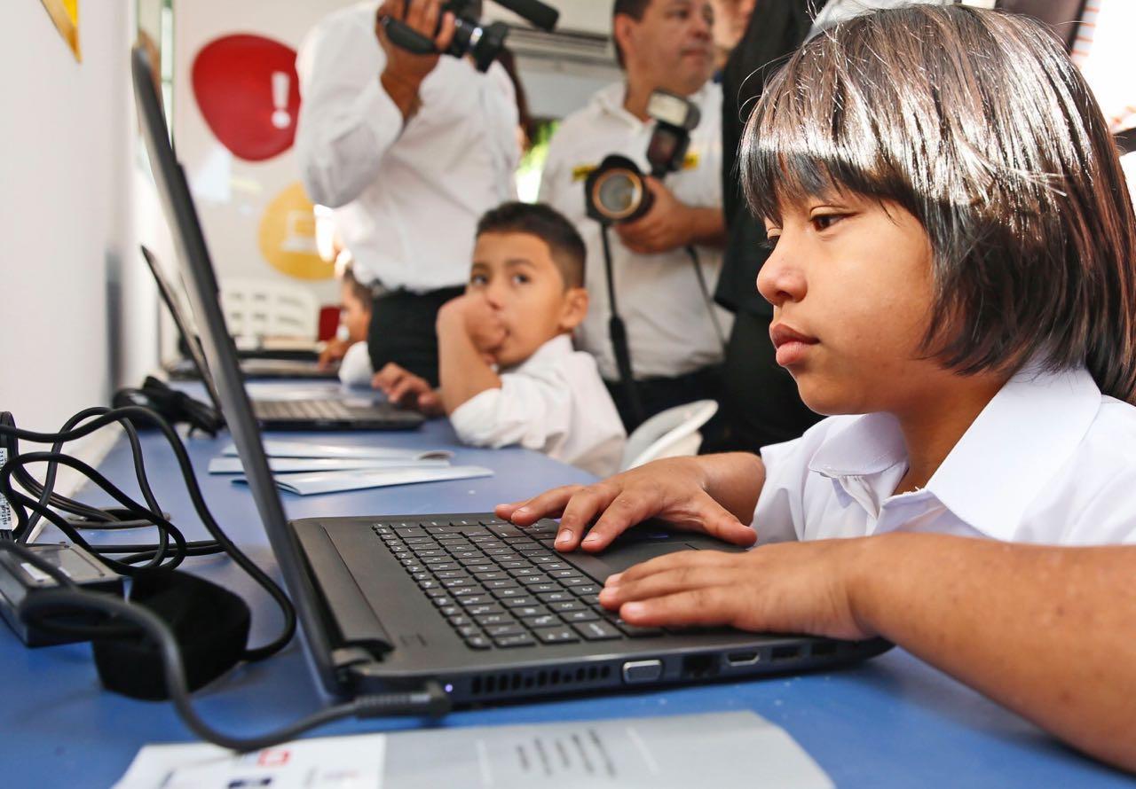 niños - computadoras