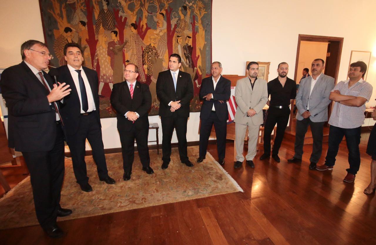 homenaje-de-la-embajada-de-Francia-a-jugadores-del-98-1