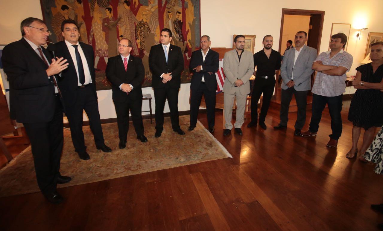 homenaje-de-la-embajada-de-Francia-a-jugadores-del-98-12