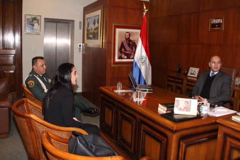 Paraguay y colombia fortalecen lazos de cooperaci n en for Ministerio del interior colombia