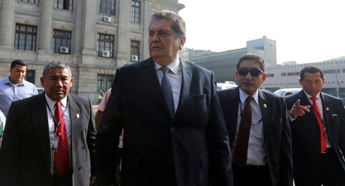 Presidente de CADE consideró un acto de cobardía pedir asilo — Alan García