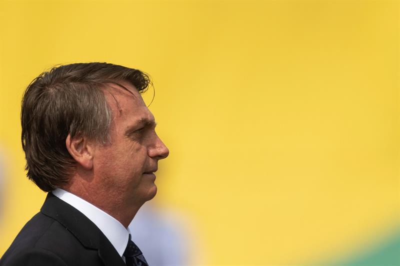 Brasil puede privatizar o liquidar unas cien empresas estatales