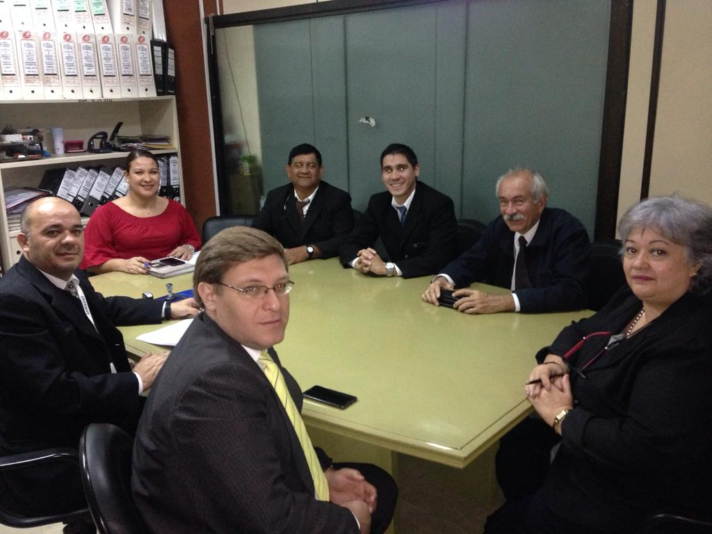Ministerio logra destrabar huelga de funcionarios de Registros Públicos