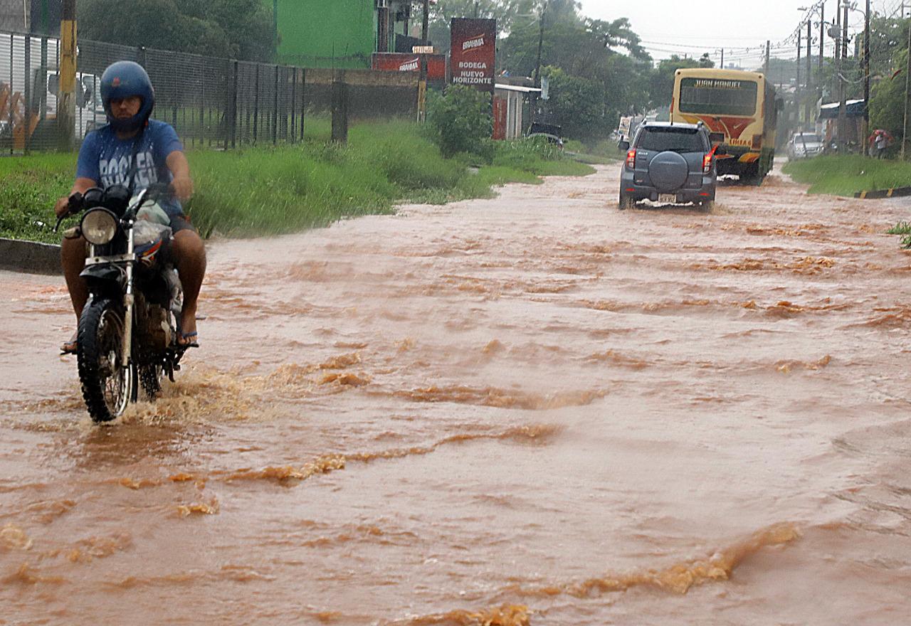 Se prevé un viernes con temperaturas agradables y más lluvias en gran parte el país