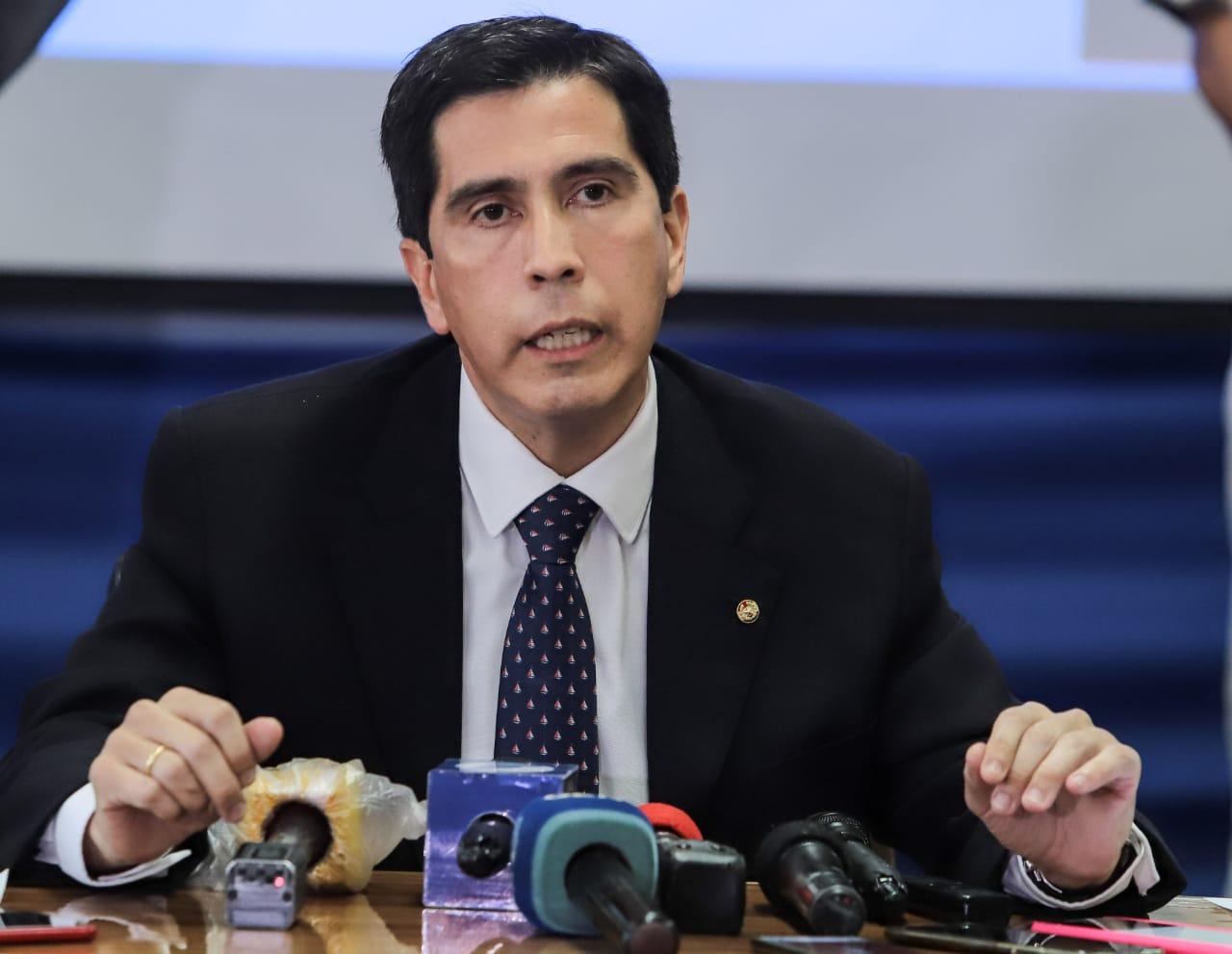 Ministro denuncia que ciudadanos contrarios al retorno de compatriotas  intentaron quemar centro para cuarentena | .::Agencia IP::.