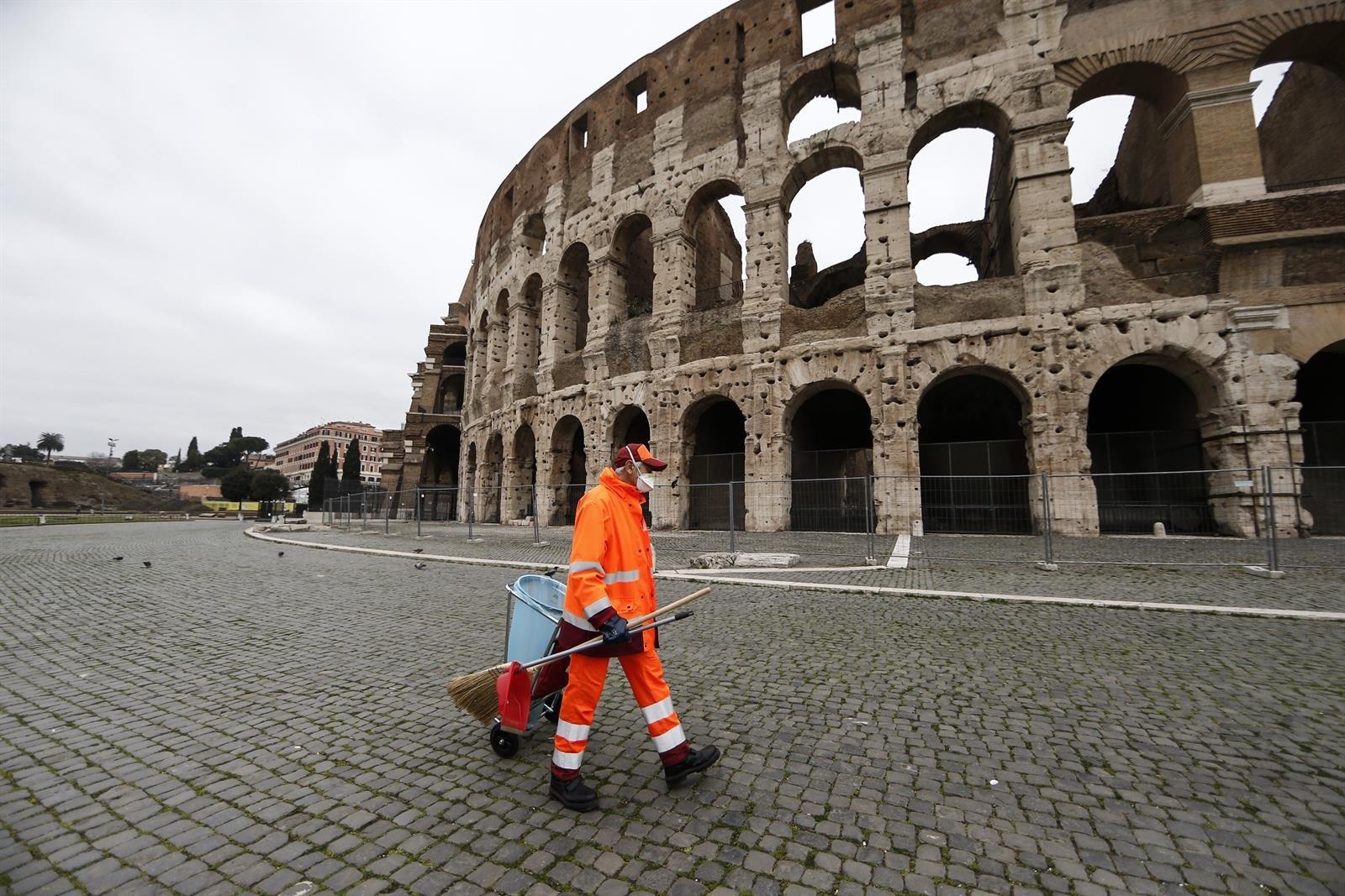 Nuevo récord de personas curadas en Italia mientras siguen bajando los  positivos | .::Agencia IP::.